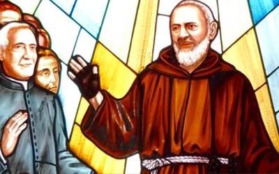 P Pio Glasfenster SGR