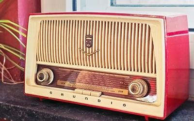 Radio Gloria Gerät alt